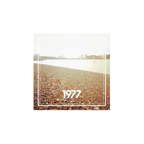 <a href=\'\'>1977</a> - Textures EP