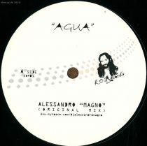 <a href=\'\'>Alessandro Magno</a> - Agua (Moreno Pezzolato remix)