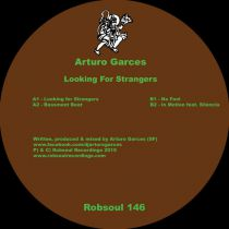 <a href=\'\'>Arturo Garces</a> - Looking For Strangers