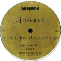 <a href=\'\'>Dj Aakmael</a> - Breathe Deeper