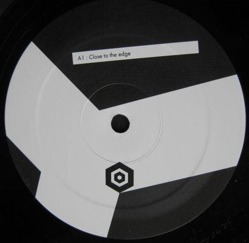 <a href=\'\'>OTP</a> - Close To The Edge (Kreon remix)