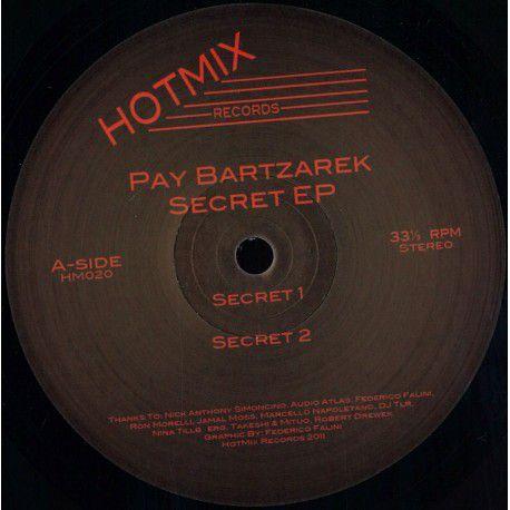 <a href=\'\'>Pay Bartzarek</a> - Secret EP