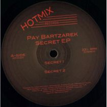 <a href=\'\'>Pay Bartzarek</a> - Secret EP